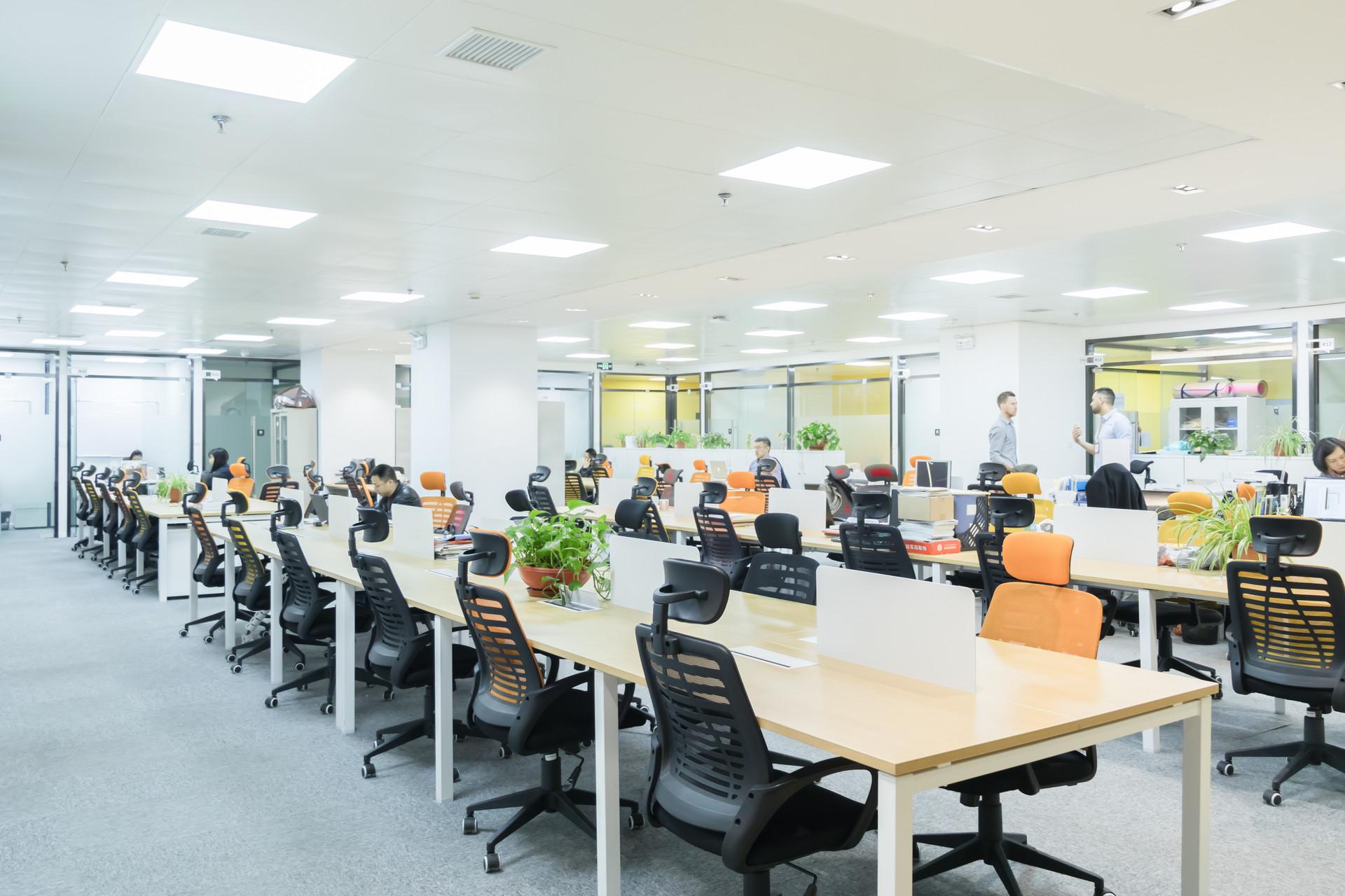 企业社保缴纳选择上海社保代理公司好处有哪些?