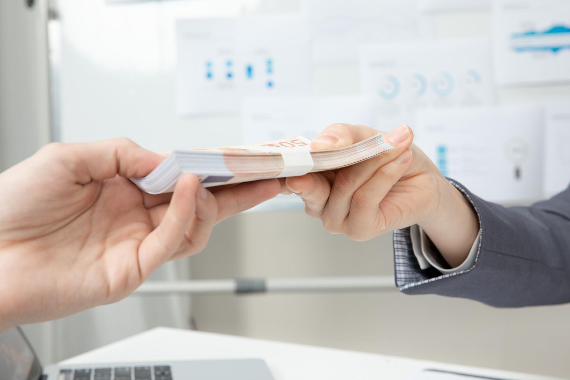 代理代发薪资有什么风险是可以避免的? 找准一个平台就可以