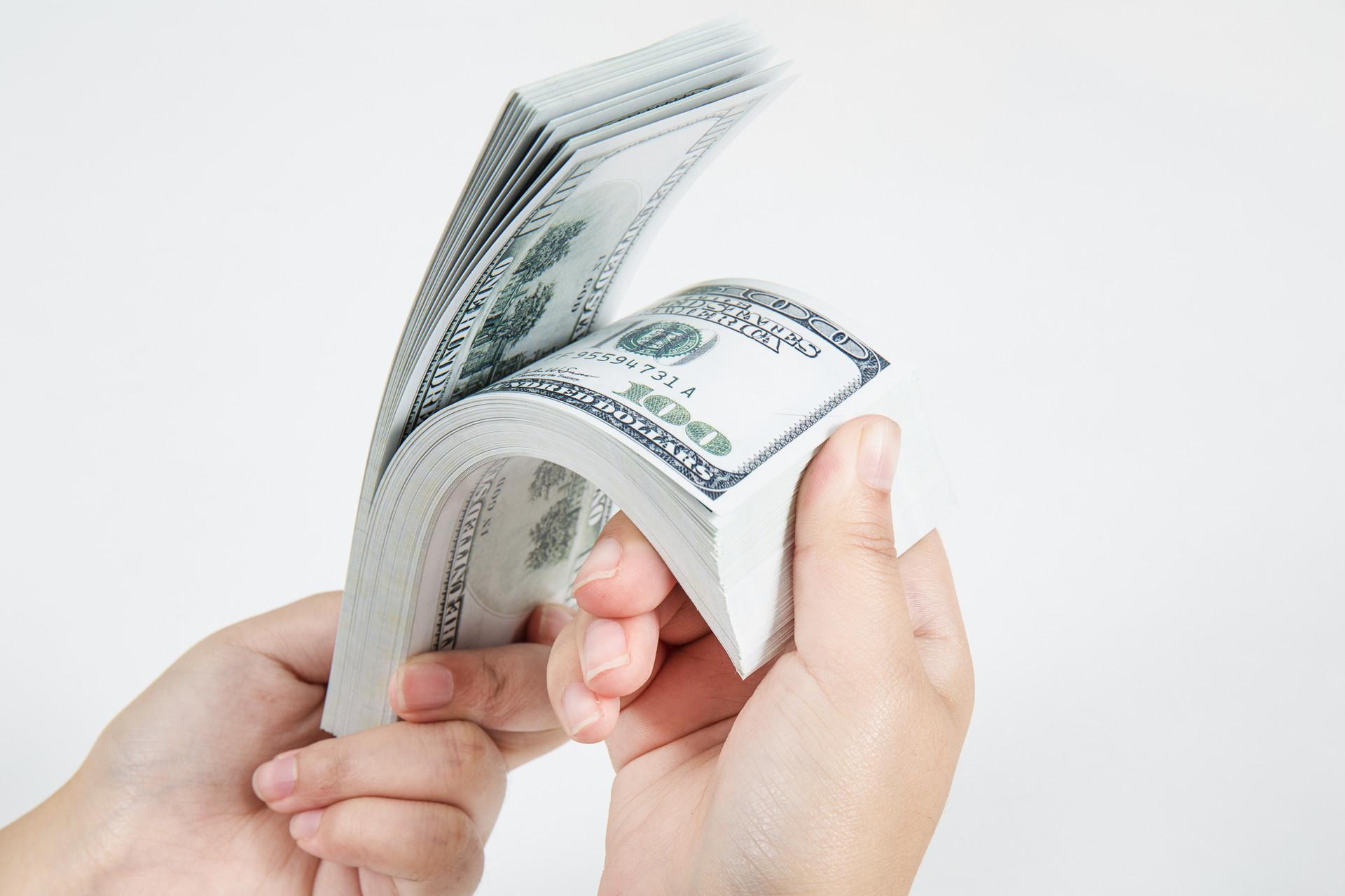 为什么要找公司代发薪资?有效规避企业自发薪资的风险